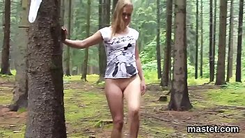 Unusual czech cutie gapes her spread vulva to the unusual