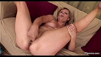 Mature milf over 30 pictures