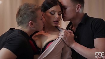 Sexy boss lady Nesty orchestrates a Hot & Horny Thressome