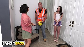 BANGBROS - Construction Worker Jack Hammers Gia Paige's Pretty Little Pussy