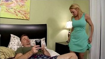 Stepmoms and stepsons nude, shaved hottie materbates