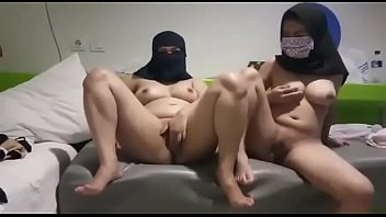 tow muslim girls on webcam