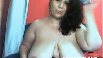 Zia matura in webcam amatoriale tettona in carne - mature aunt big boobs amateur