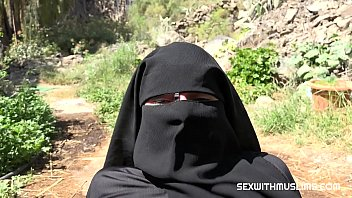 Muslim niqab bitch sucked hard cock of her husband's best friend. Max fucked her wet muslim pussy and ejaculated on her niqab.