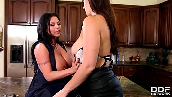 Big Titty sluts Alison Tyler & Sheridan Love Double Dong to Orgasm