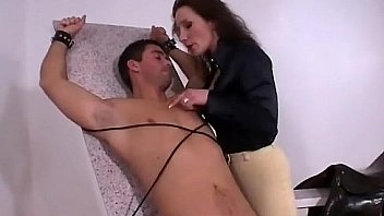 Amateur has orgasm
