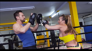 Big Boobs Girl Banged Hard In gym