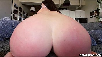 Angela White's 32 Double G Big Tits Are Breathtaking! (btra15799)