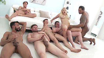 Big butt slut Bambi Bella gangbang - Watch that Ass get Bamboozled!