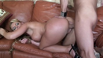 Huge cumshot facial from the gardener´s big cock into big boobs hot MILF mom´s mouth after a hard rough sex while cheating her husband