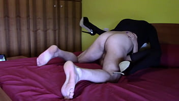 Laura on Heels model step sister on an hotel bed wearing stockings and high heels. She does a nice blowjob, she's fucked, rides a cock and finally receives a load of cum on her shoes