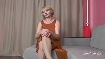 56yo Aliona VIRTUAL POV Handjob & Blowjob