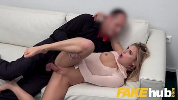 Fake Agent Lindsey cruz getting her pussy fucked in a casting video