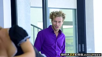 Brazzers - Big Tits at Work - Nicole Aniston and Michael Vegas -  The Perfect Maid 2