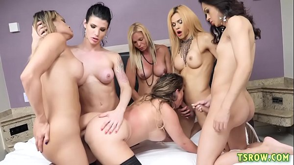 Trannies With Girls