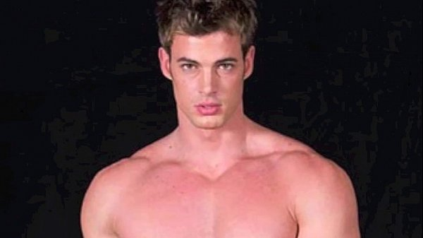 Shirtless william levy