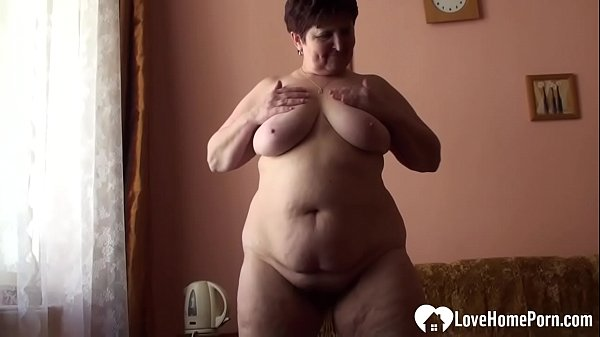 Bbw Nude Home - BBW mature gets completely naked and plays with her fat tits on the couch.  - XNXX.COM