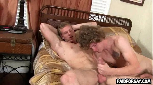 nasty-amateur-stripper-hunk-gets-sucked-off-katelyn-wet-pussy-bait