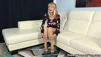 Pantyhosed milf Jamie Foster from the USA strip...