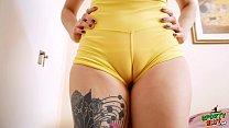 Amazing Booty Tattoo Babe In Tight Lycra-Spande...