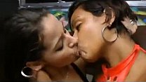 Watch Beauties sloppy_kissing ! preview