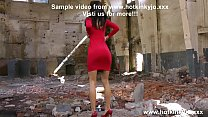 Smoking hot Hotkinkyjo in public fist her own a...