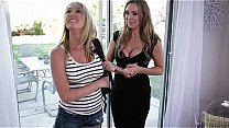 Mom, Daughter and the photographer - Tanya Tate, Samantha Hayes, Brett Rossi's Thumb