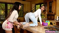 play together - Twistys