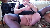 Groupsex with busty mature ladies and hard dick