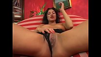 Sexy brunette latina play with her wet pussy an...