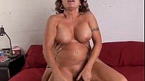 Gorgeous mature babe loves to fuck Thumbnail