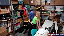 Teen blonde is arrested by store officer for at...