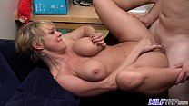 MILF Dee Williams gets a mouth and faceful of cum صورة