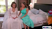 With the delay of the groom the maid of honor t...
