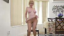 American granny Sindee Dix gently removes her c...