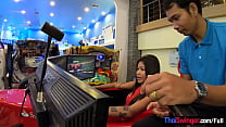 Asian teen amateur beauty fun in a gaming hall ...