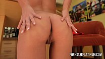 Watch Beautiful pornstar_with a perfect body uses a vibrator to masturbate preview