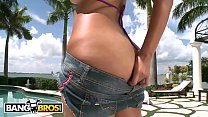 BANGBROS - Thicc Brunette Miss Raquel Getting H...