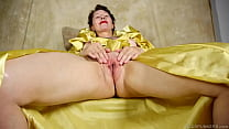 Naughty mature lady talking dirty and frigging ...