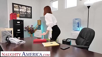 Naughty America - Lilian Stone's pink pussy gets fucked by her boss