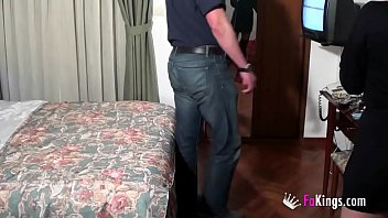 What an maintenance service in this Galician hotel.... I fuck the janitor!