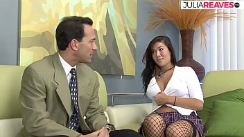 Thai slut knows how to convince her boss to get more