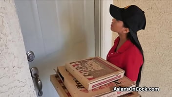 Asian babe delivers pizza and gets into a threesome