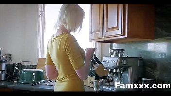 Mom Caught Me Fucking Her Husband| Famxxx.com