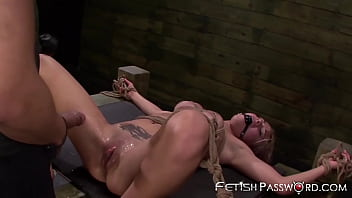 Inked sub pussy hammered before facial