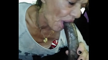 Nut in this bitch throat
