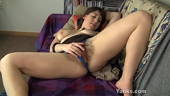 Sweet amateur babe from Yanks Amber B masturbating her big labia snatch to happy orgasm