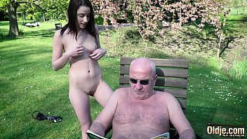 Grandpa fucks young babe in her mouth and sweet tight vagina Thumbnail