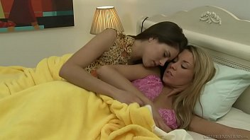 Shyla Jennings and Tanner Mayes are lesbian BFFs