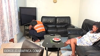 Big ass brunette ebony wants sex with the plumber